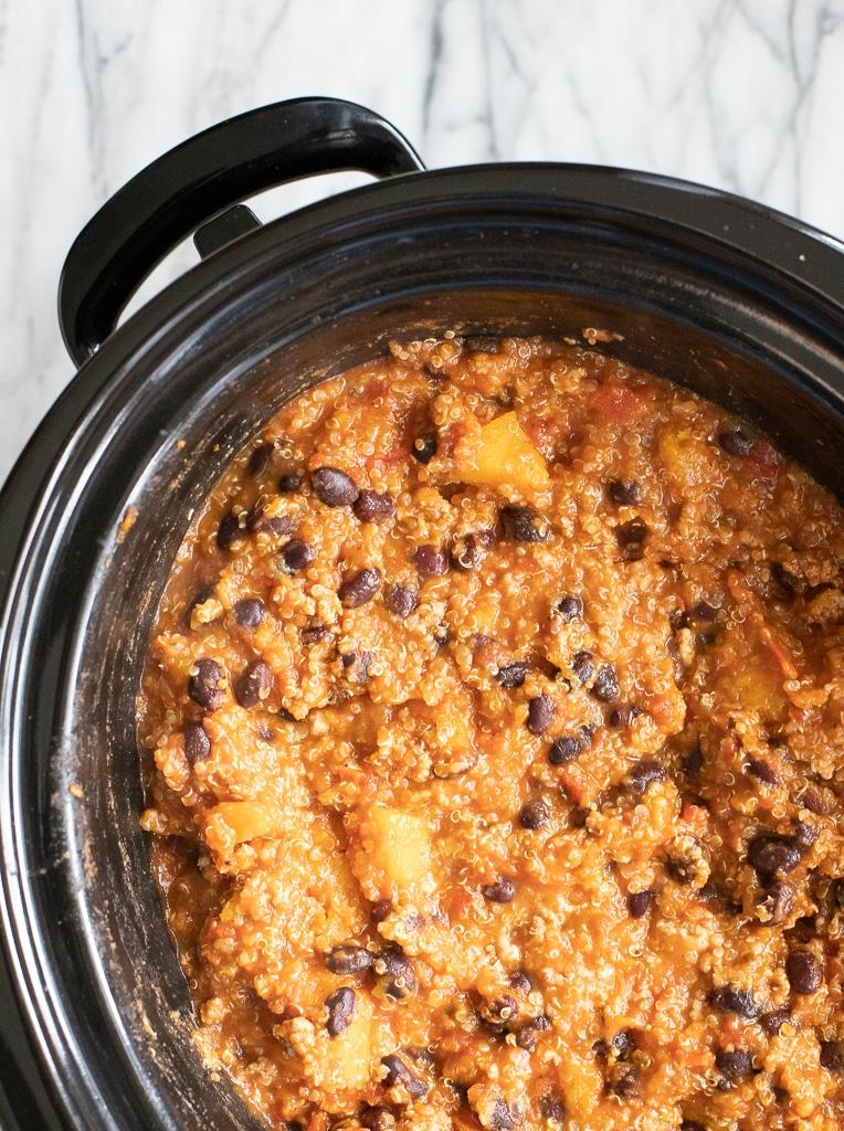 black bean quinoa chili in slow cooker