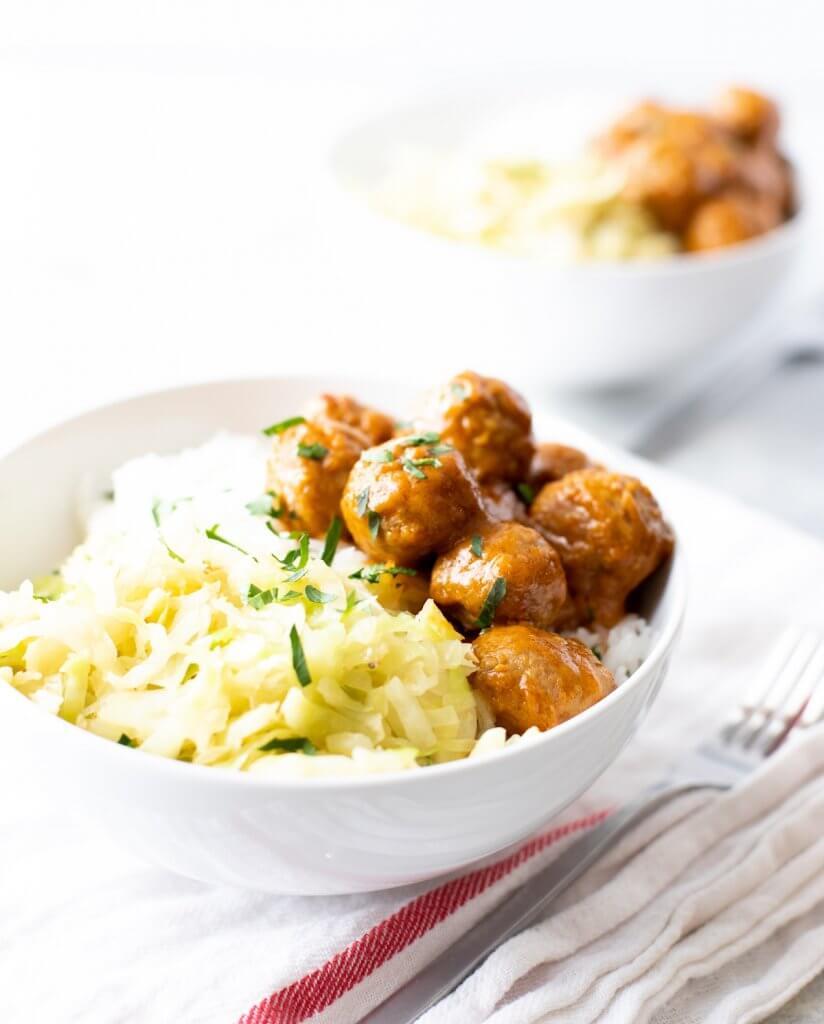 trader joe's easy dinner curry meatball rice bowl